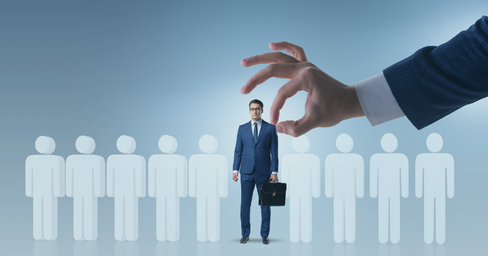 4 Reasons You Should Use an Independent Recruiter